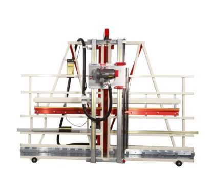 Automatic measuring device on vertical panel saw