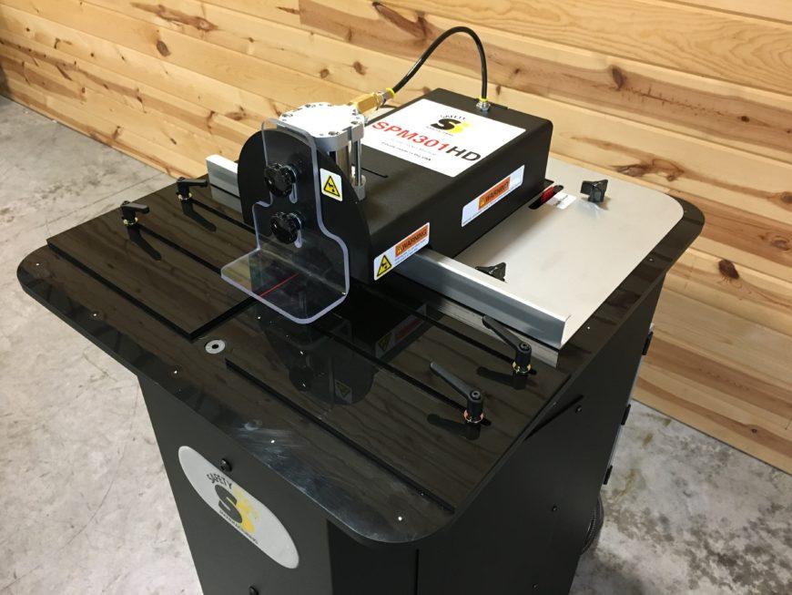 screw pocket machine with adjustable fence, pocket depth and web